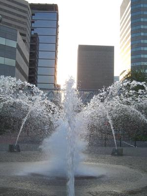 Fountains in oregon for Garden fountains portland oregon